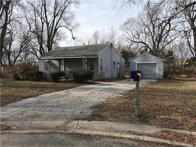 107 N Emma Street, Olathe, KS 66061
