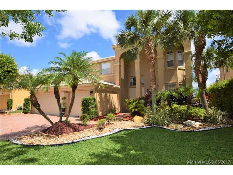 17029 SW 16th St, Pembroke Pines, FL 33027
