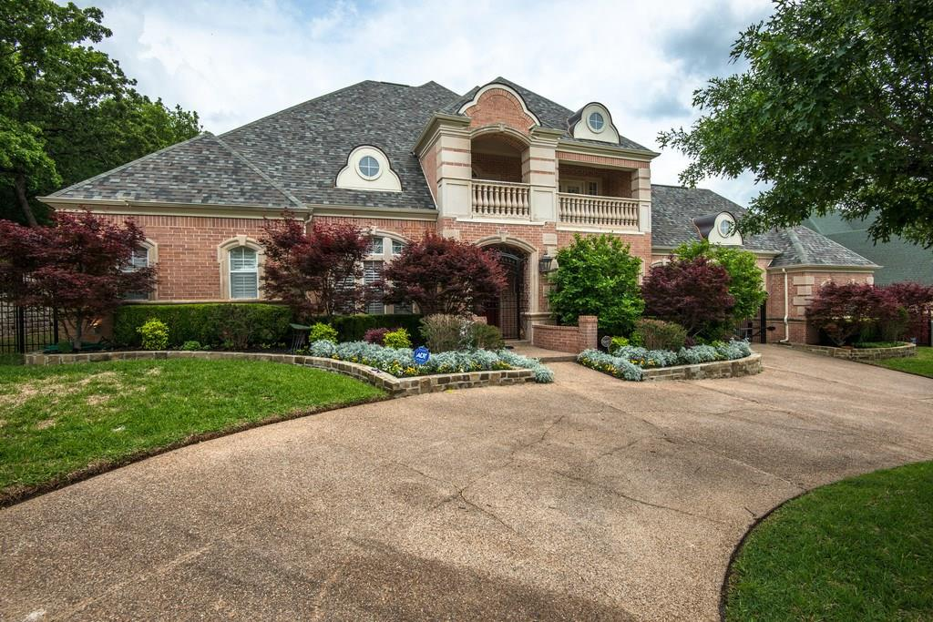 703 Sussex Court, Southlake, TX 76092