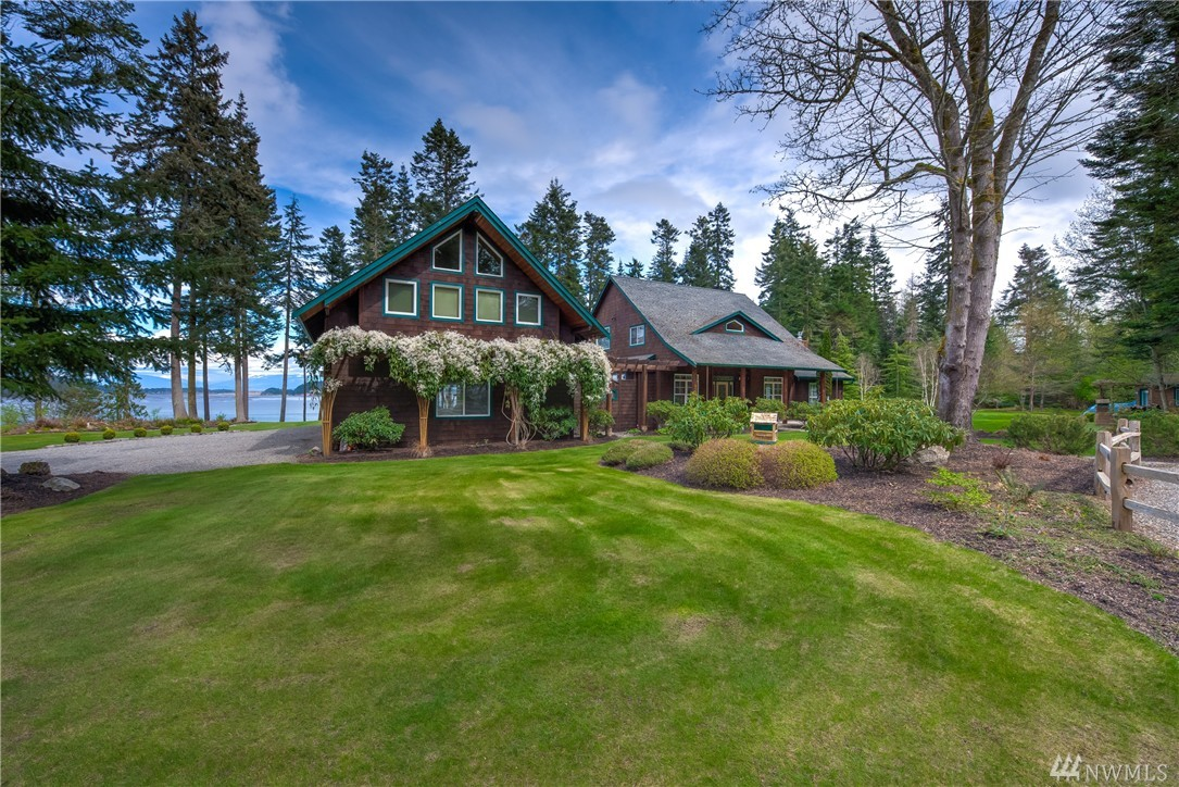 3437 Green Rd, Oak Harbor, WA 98277