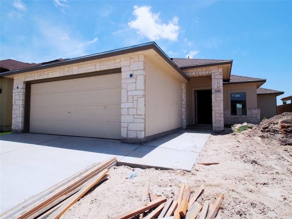7181 Lake Placid Dr, Corpus Christi, TX 78414