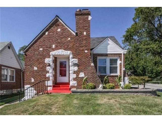 6463 Lloyd Avenue, St Louis, MO 63139