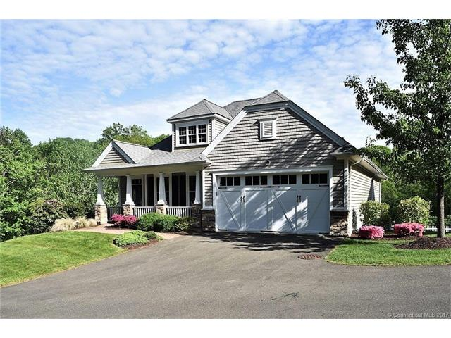 4 Chatfield Dr, Beacon Falls, CT 06403