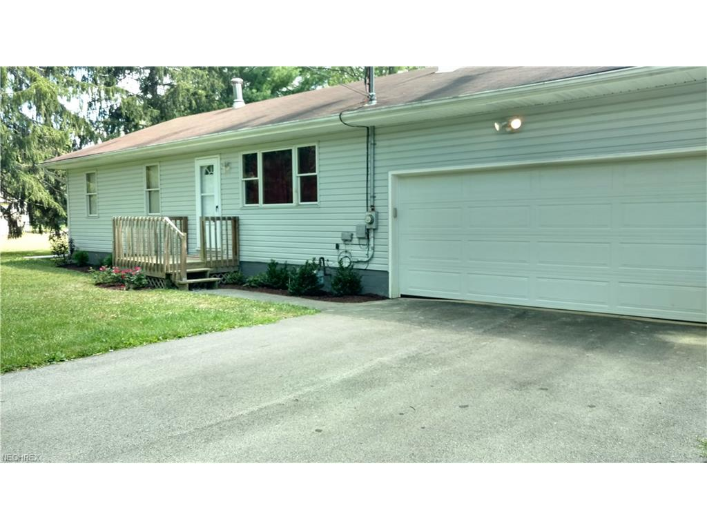 616 Garland Dr, Niles, OH 44446