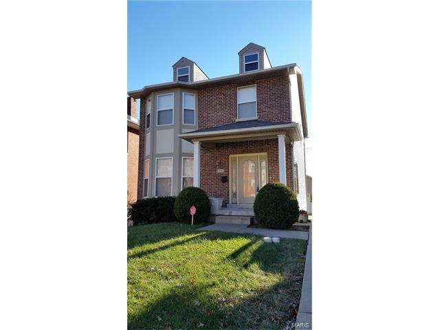 5722 Maple Avenue, St Louis, MO 63112