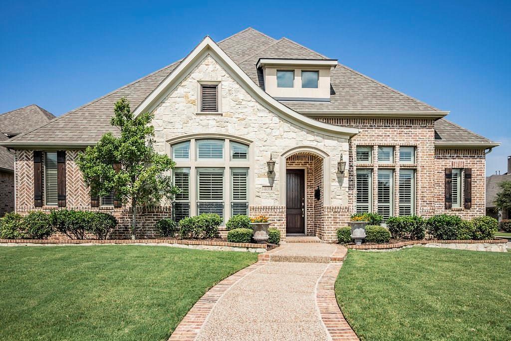 400 Mordred Lane, Lewisville, TX 75056