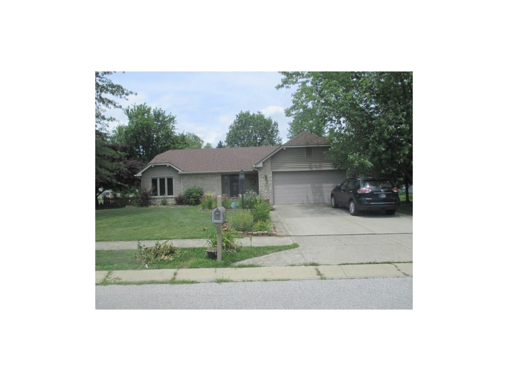 156 Foxwood Drive, Brownsburg, IN 46112