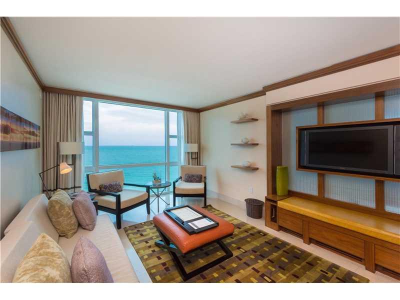6801 Collins Ave 1022, Miami Beach, FL 33141