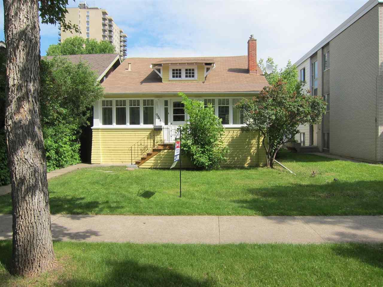 9944 88 Avenue, Edmonton, AB T6E 2R5