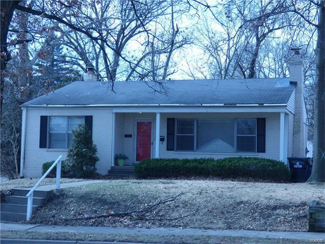 1065 N Hanley, St Louis, MO 63130