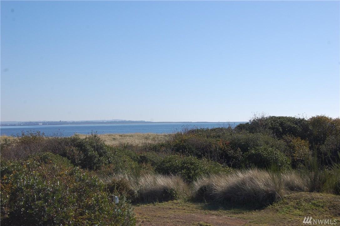 191 Marine View Dr, Ocean Shores, WA 98569