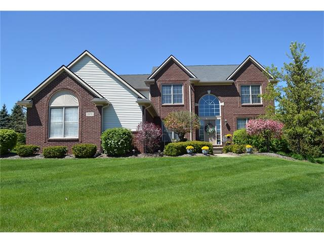 3970 May Center RD, Orion Twp, MI 48360
