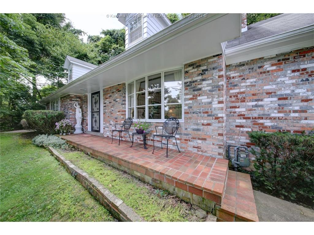 4305 CHESTERFIELD Avenue, Charleston, WV 25304