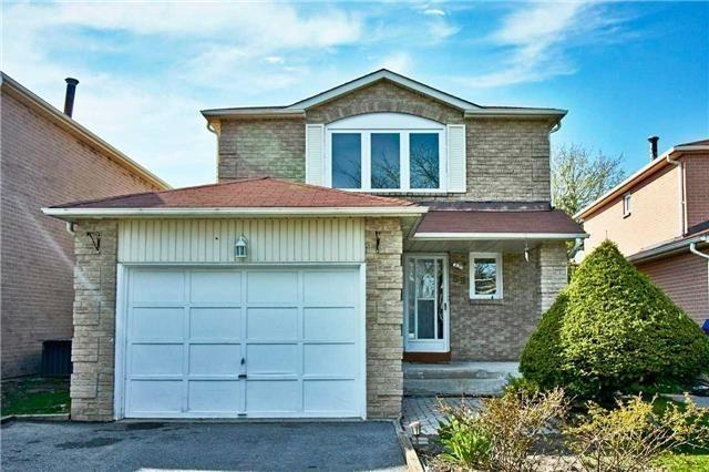 59 Fisher Cres, Ajax, ON L1T 2E4