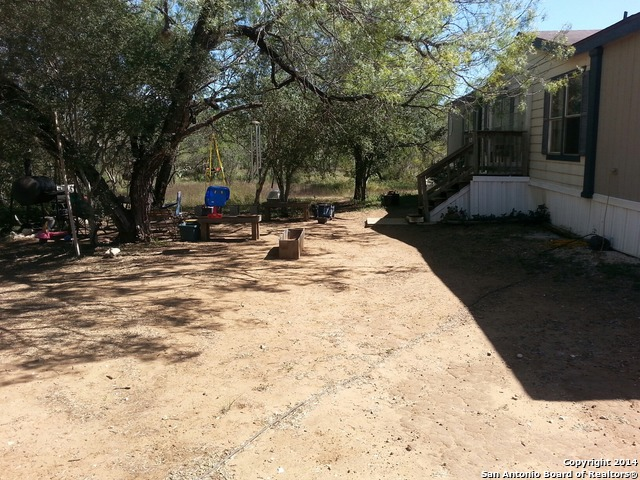 840 CR 431, Pleasanton, TX 78064