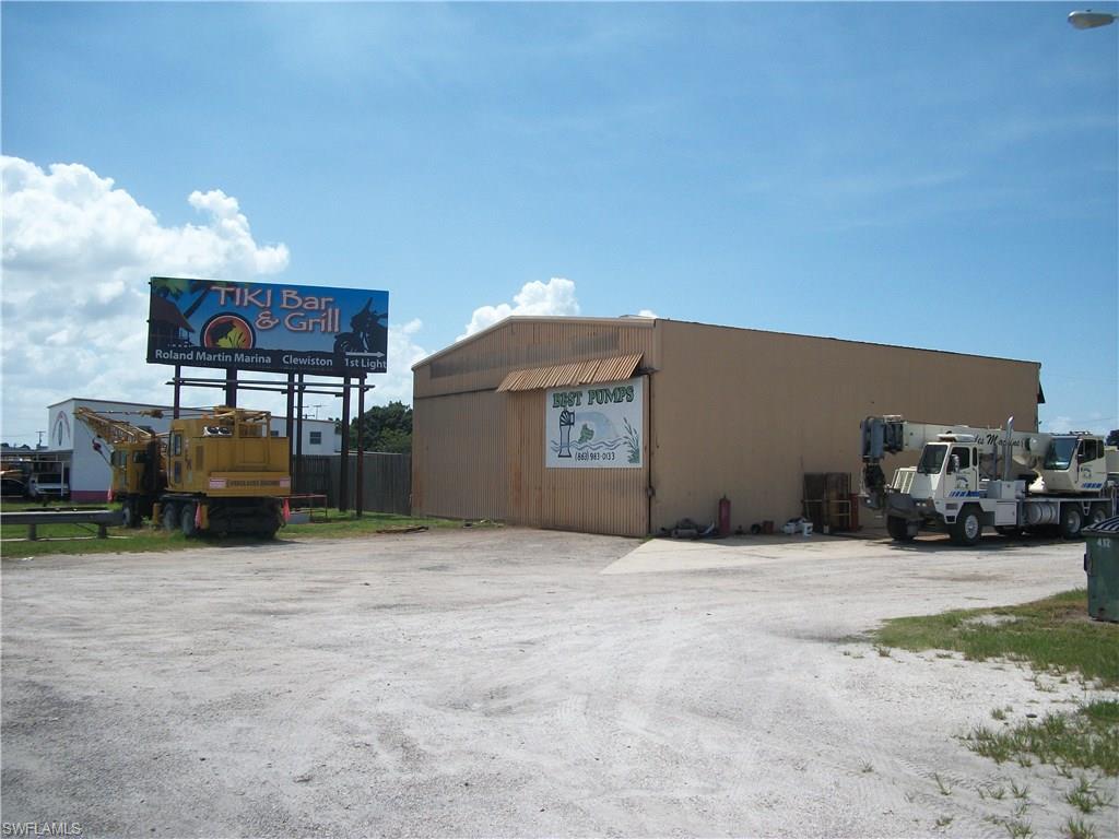 951 & 953 E Sugarland, CLEWISTON, FL 33440