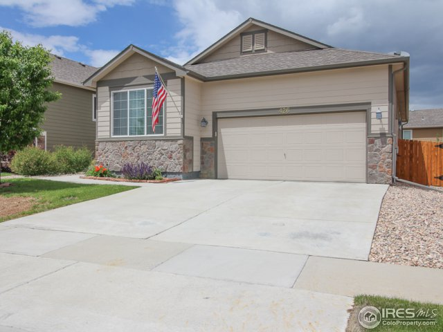 426 Bow Creek Ln, Fort Collins, CO 80525