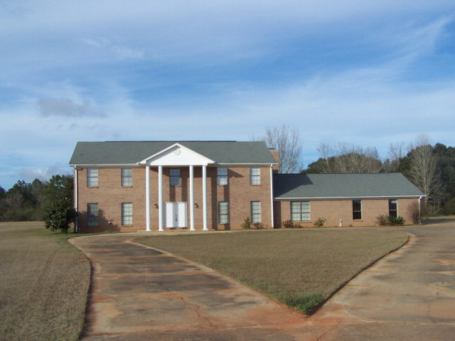 30601 Hagendorfer Road, Lillian, AL 36549