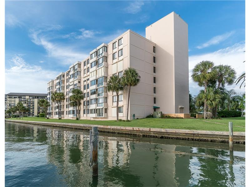 644 ISLAND WAY 703, CLEARWATER BEACH, FL 33767