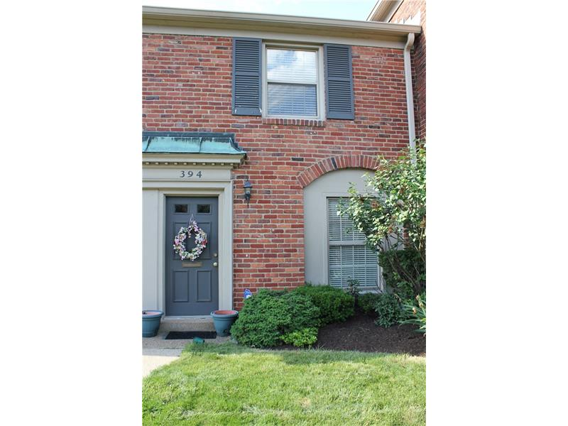 394 Newburn Dr, Pittsburgh, PA 15216