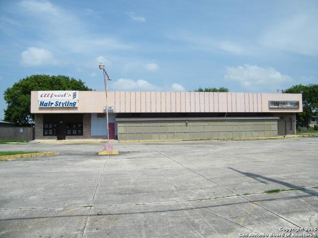 2216 COMMERCIAL AVE, San Antonio, TX 78221