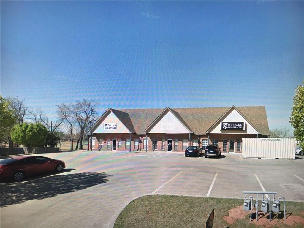 209 S Castle Rock Lane, Mustang, OK 73064