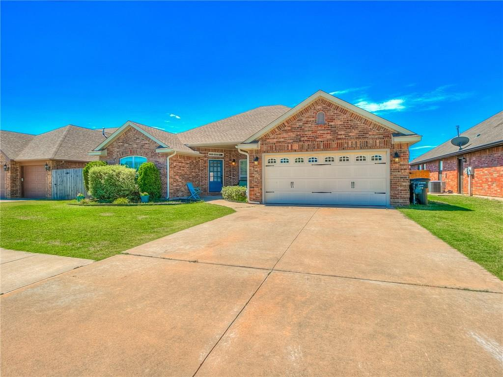 624 SW 28th Street, Moore, OK 73160