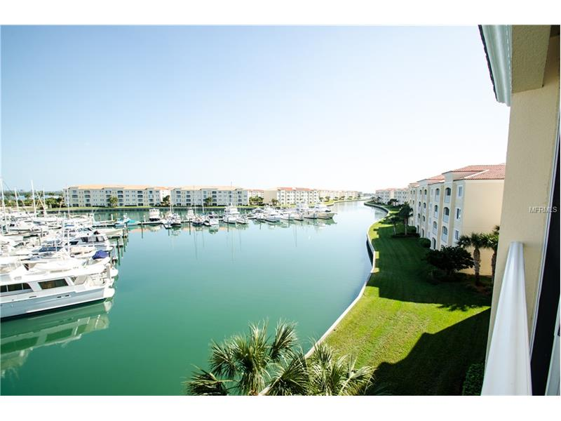 14 W HARBOUR ISLES DRIVE PH3, FORT PIERCE, FL 34949