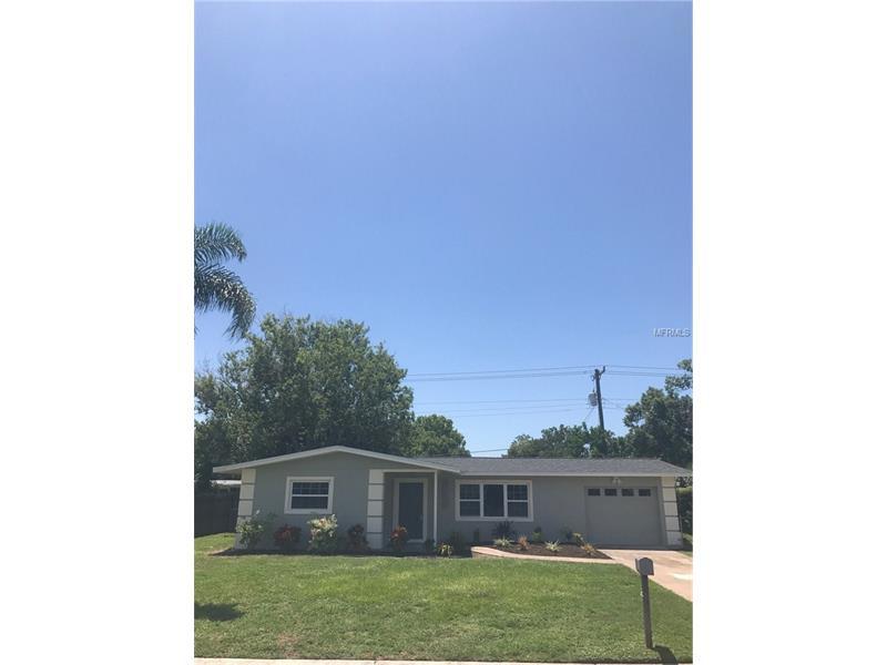 2815 SOUTHERN PARKWAY W, BRADENTON, FL 34205