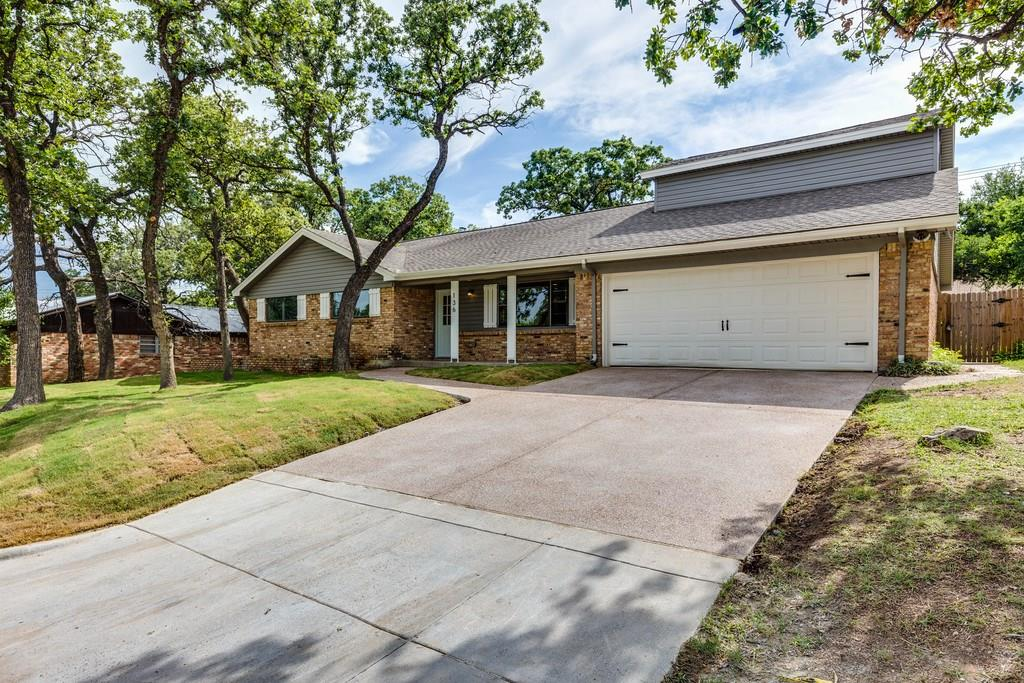 136 Stonegate Court, Bedford, TX 76022