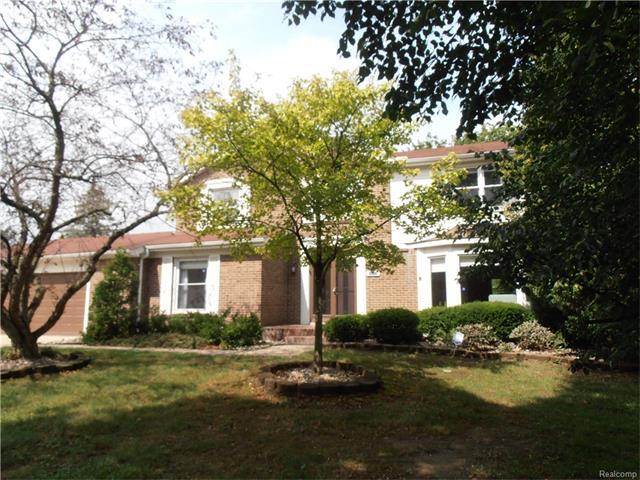 35273 Quaker Way, Farmington Hills, MI 48331