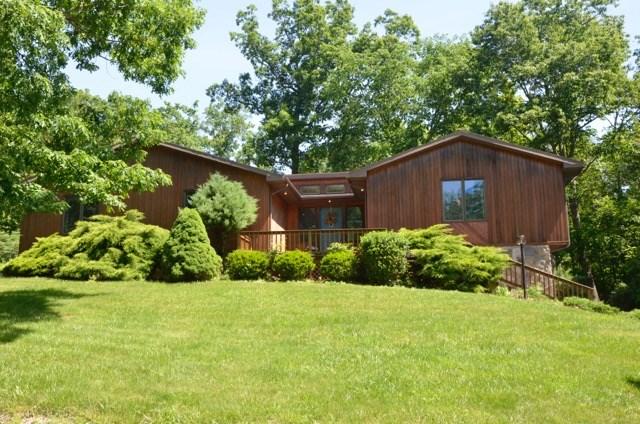 836 Larchmont Rd., Elmira, NY 14905