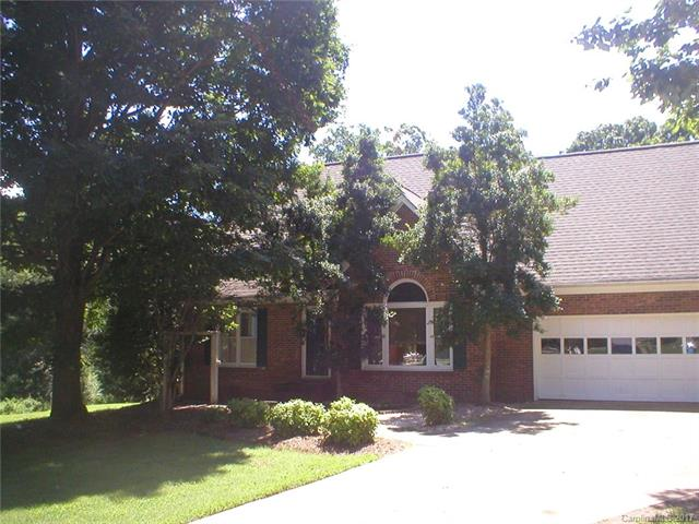 154 St Martins Lane, Statesville, NC 28625