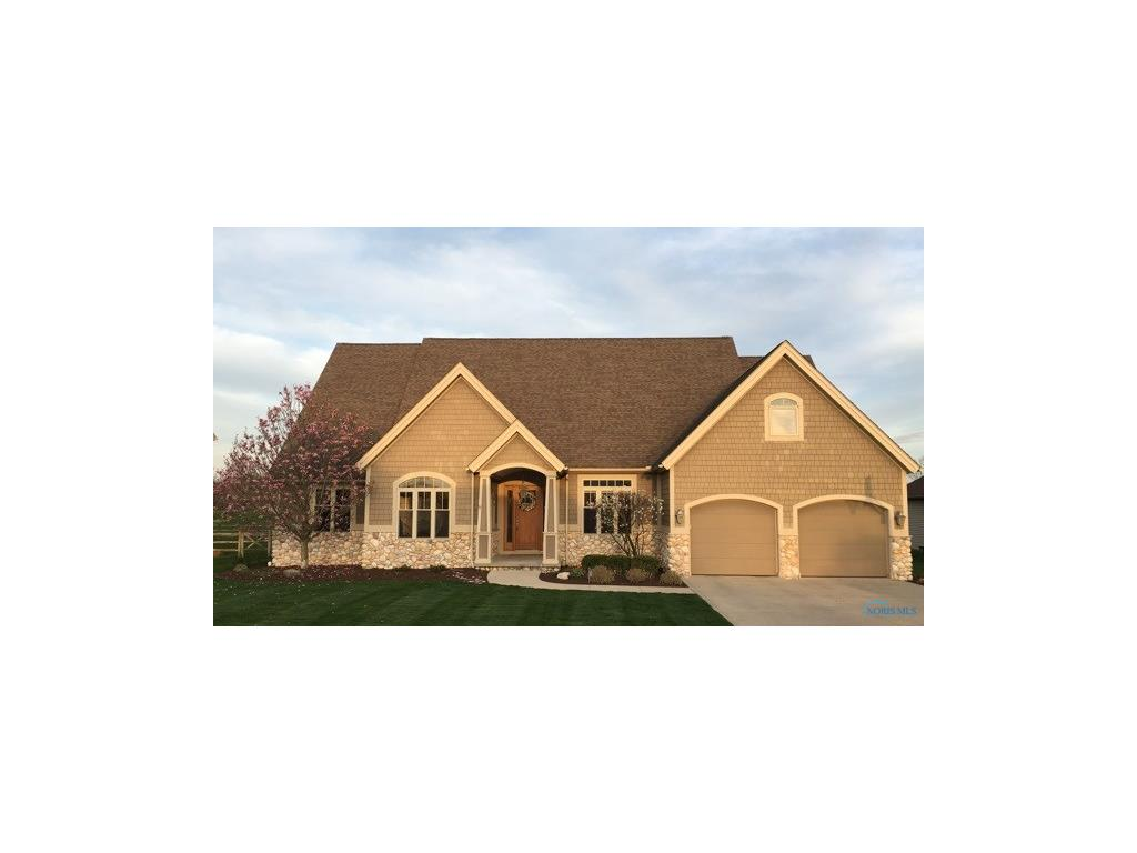 819 Pine Valley Drive, Bowling Green, OH 43402