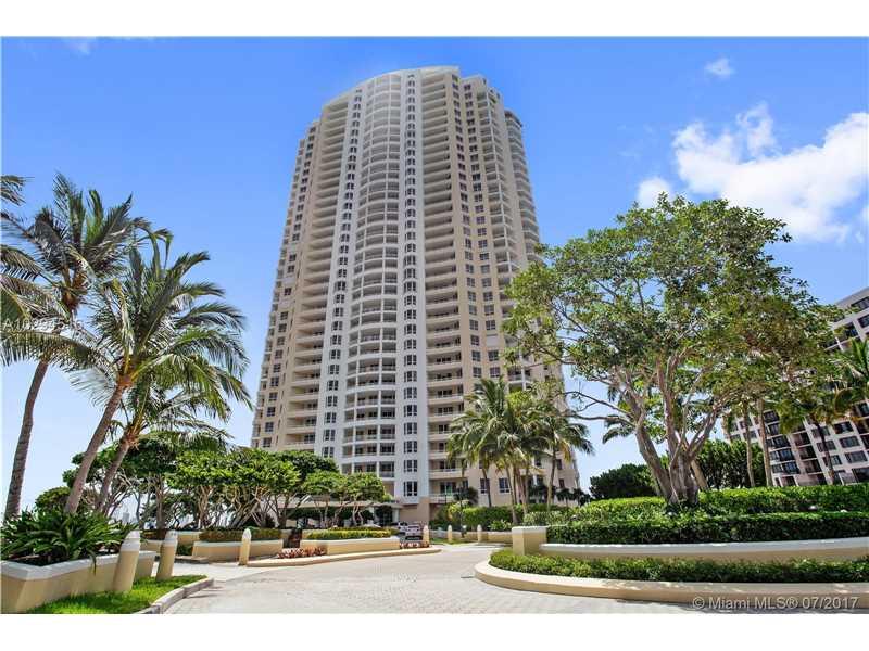 808 Brickell Key Dr 1005, Miami, FL 33131