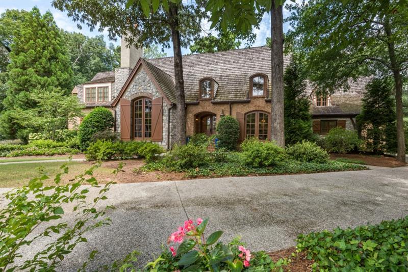 102 Kingston Manor, Sandy Springs, GA 30342