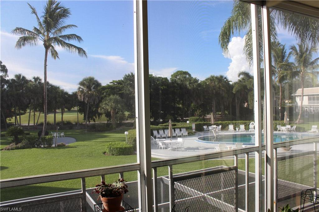 215 Cypress WAY E C7, NAPLES, FL 34110
