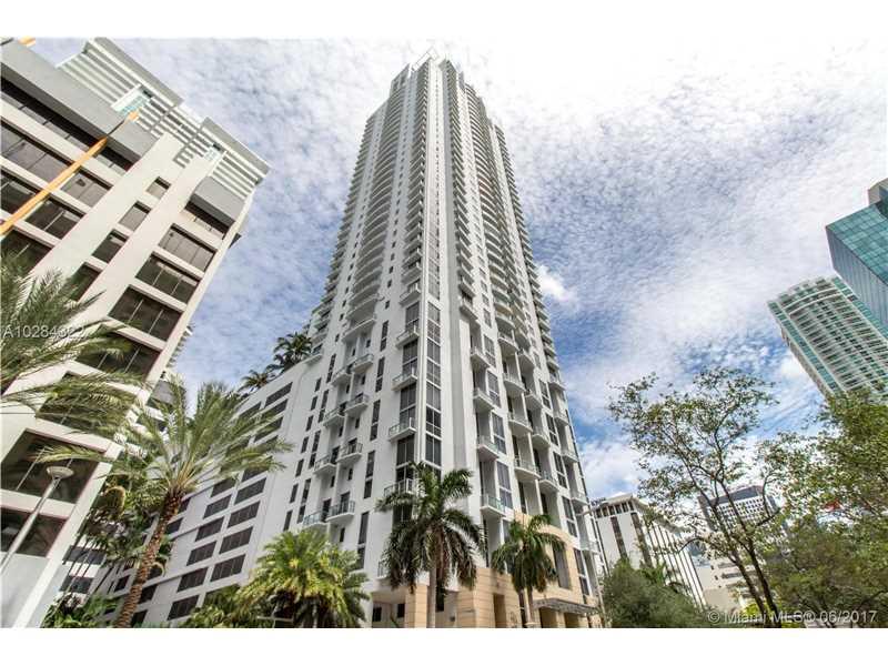 1060 Brickell Ave 1403, Miami, FL 33131