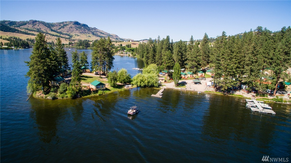15 Fishermans Cove Rd, Republic, WA 99166