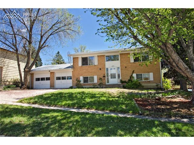 1423 Holmes Drive, Colorado Springs, CO 80909