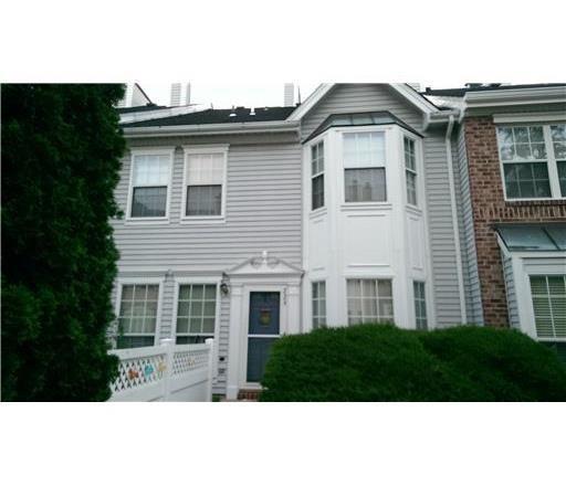 229 KEMPSEY Drive 229, North Brunswick, NJ 08902