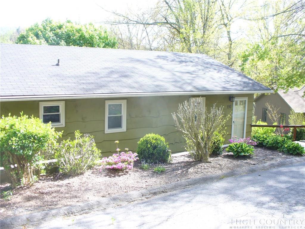 192 Lloyd Bentley Lane, Boone, NC 28607