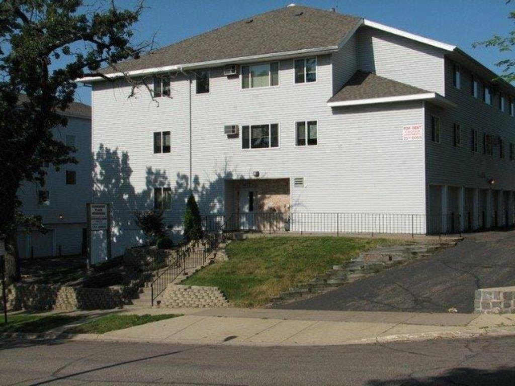 1009 & 1021 6th Avenue S, Saint Cloud, MN 56301