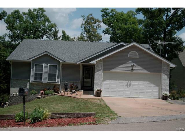 1077 S Lakeview Drive, De Soto, MO 63020