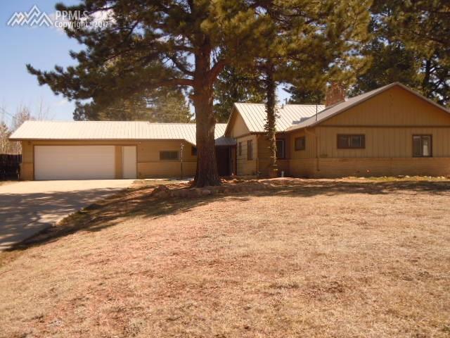 40 Shadowood Place, Woodland Park, CO 80863