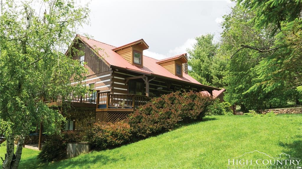 4546 Cheek Mountain Rd Road, Laurel Springs, NC 28644