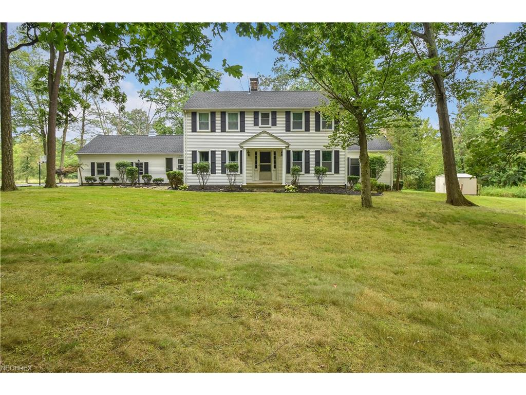 6940 Knauf Rd, Canfield, OH 44406