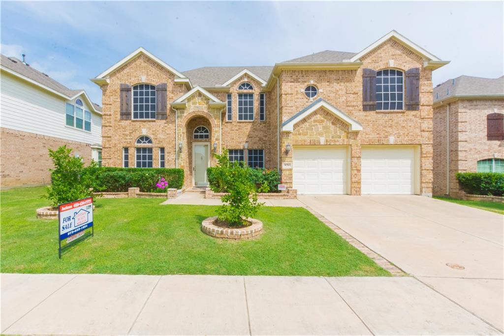 826 Graystone Drive, Garland, TX 75043
