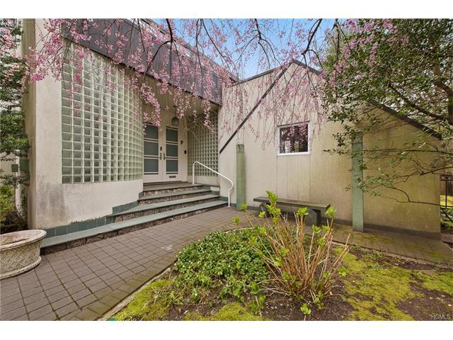 4506 Delafield Avenue, Bronx, NY 10471
