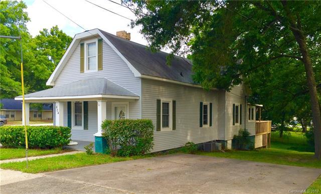 604 Oak Street, Mooresville, NC 28115
